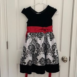 🎇 3 for $20 🎆 Size 8 Winter/Christmas dress
